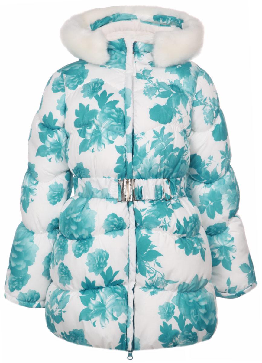 Куртка для девочки. 63093D_BOG63093D_BOG_вар.2Теплая куртка для девочки Boom! идеально подойдет для маленькой модницы в холодное время года. Курточка изготовлена из 100% полиэстера с утеплителем из синтепона (Flexy Fiber). В качестве подкладки также используется 100% полиэстер. Для большего комфорта верхняя часть подкладки выполнена из теплого мягкого флиса. Куртка с капюшоном застегивается на пластиковую молнию и дополнительно имеет внутреннюю и внешнюю ветрозащитные планки, и защиту подбородка. Капюшон не отстегивается и дополнен съемной опушкой из искусственного меха, а также скрытой резинкой со стопперами. Опушка пристегивается с помощью кнопок. Низ рукавов дополнен внутренними трикотажными манжетами, которые мягко обхватывают запястья. На талии имеются шлевки для ремня. В комплект входит эластичный поясок на металлической застежке, благодаря которому модель плотно прилегает к телу. По бокам расположены два прорезных кармана. По всей поверхности модель присборена на тонкие эластичные резинки. Оформлено изделие...