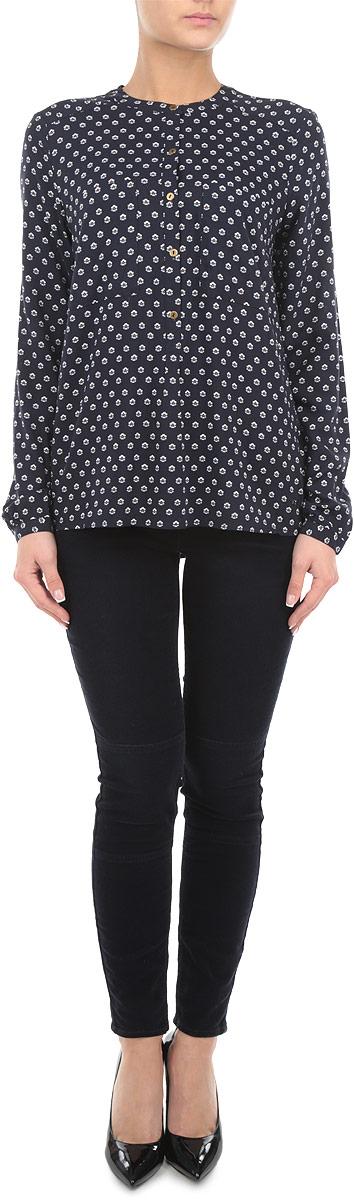 6403636.62.71_3537Стильные женские брюки Tom Tailor - это изделие высочайшего качества, которое прекрасно сидит. Брюки имеют мягкую бархатную поверхность выполнены из высококачественного эластичного хлопка, что обеспечивает комфорт и удобство при носке. Брюки скинни заниженной посадки станут отличным дополнением к вашему современному образу. Брюки застегиваются на пуговицу в поясе и ширинку на застежке-молнии, имеются шлевки для ремня. Брюки имеют классический пятикарманный крой: спереди модель оформлена двумя втачными карманами и одним маленьким накладным кармашком, а сзади - двумя накладными карманами. Эти модные и в тоже время комфортные брюки послужат отличным дополнением к вашему гардеробу.