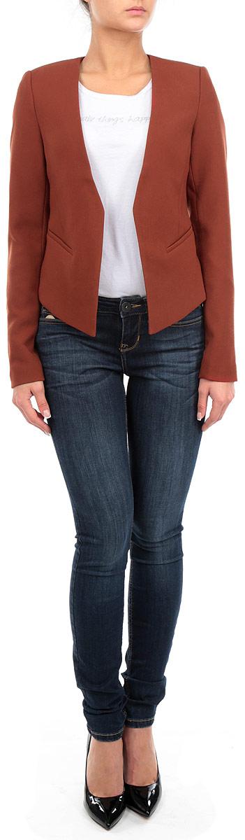 Пиджак3922277.00.71_3537Стильный женский пиджак Tom Tailor, изготовленный из мягкого, приятного на ощупь материала, поможет вам создать оригинальный образ и подчеркнуть свой вкус. Укороченная модель с длинными рукавами имеет удлиненные полочки. Пиджак спереди оформлен имитацией карманов. Этот элегантный пиджак станет отличным дополнением к вашему гардеробу и поможет вам создать неповторимый образ в стиле Casual.