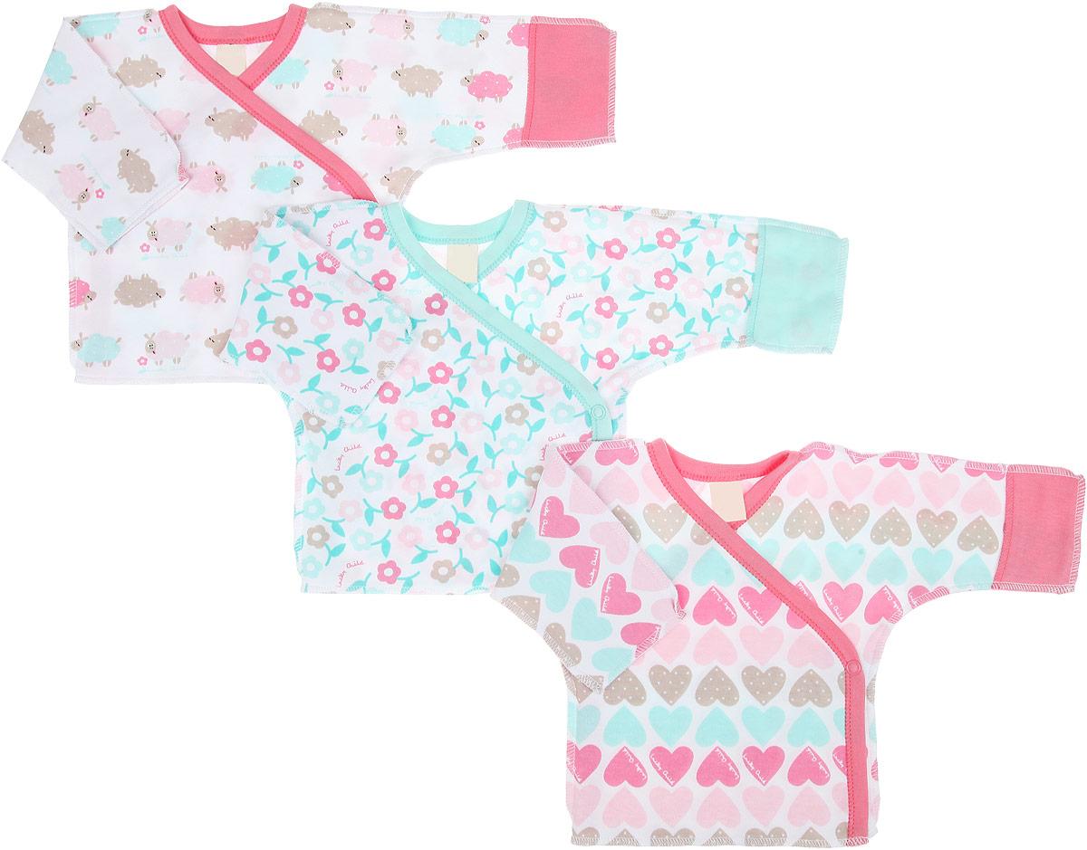 Распашонка30-147Распашонка-кимоно для девочки Lucky Child Овечки послужит идеальным дополнением к гардеробу вашей малышки, обеспечивая ей наибольший комфорт. Распашонка, выполненная швами наружу, изготовлена из натурального хлопка, благодаря чему она необычайно мягкая и легкая, не раздражает нежную кожу ребенка и хорошо вентилируется. Эластичные швы приятны телу младенца и не препятствуют его движениям. Распашонка с длинными рукавами и V-образным вырезом горловины застегивается с помощью кнопок по принципу кимоно, что помогает с легкостью переодеть малышку. Рукава дополнены рукавичками, благодаря которым ребенок не поцарапает себя. Ручки могут быть как открытыми, так и закрытыми. В комплект входят три распашонки с различными принтами, выполненных в нежной цветовой гамме. Распашонка полностью соответствует особенностям жизни ребенка в ранний период, не стесняя и не ограничивая его в движениях. В ней ваша дочурка всегда будет в центре внимания.