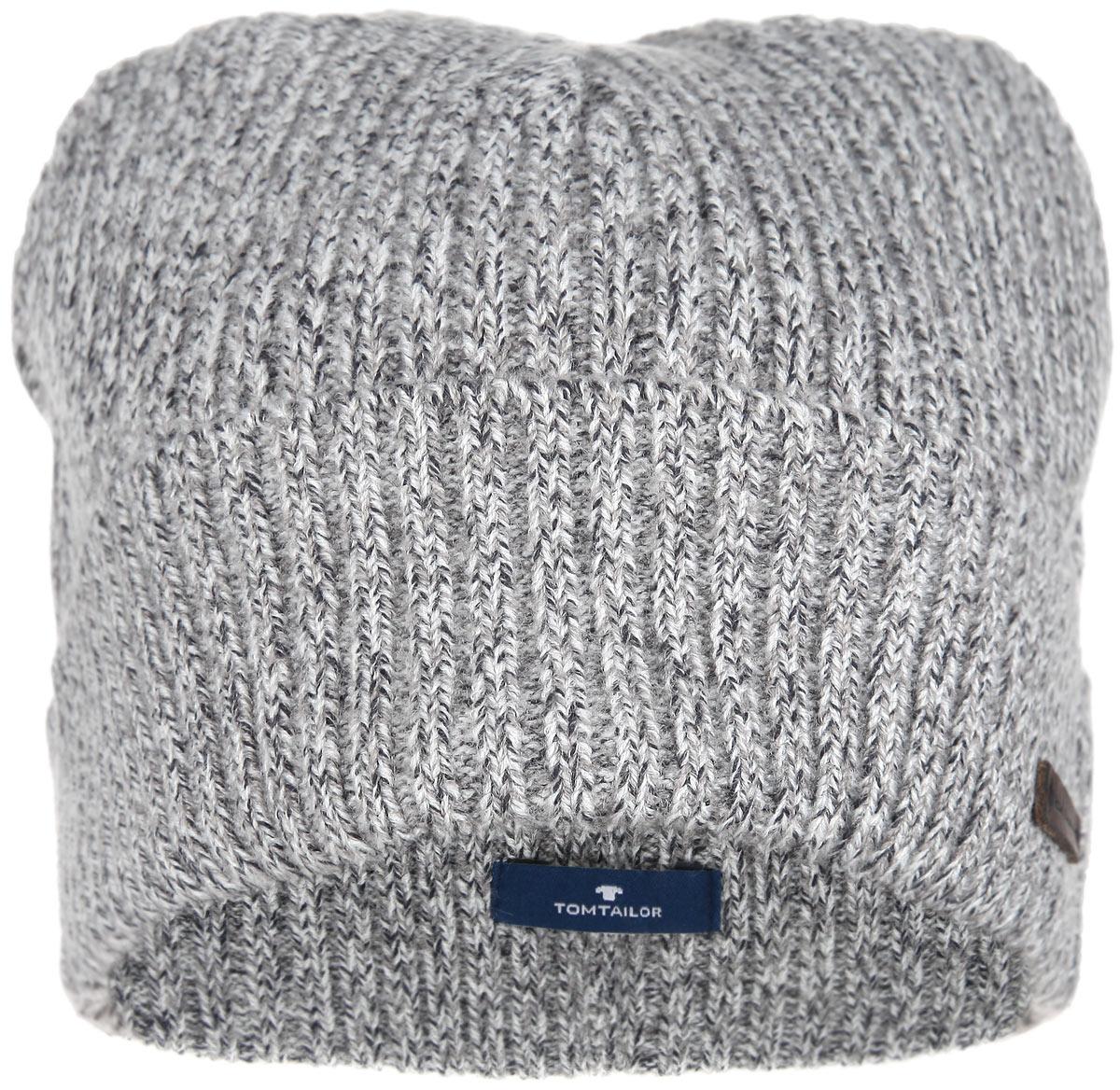 Шапка мужская. 0219807.00.100219807.00.10_2624Вязаная мужская шапка Tom Tailor дополнит ваш наряд и не позволит вам замерзнуть в холодную погоду. Шапка изготовлена из высококачественной полиакриловой пряжи с добавлением хлопка, что позволяет ей великолепно сохранять тепло и обеспечивает высокую эластичность, а также удобство посадки. Модель связана крупной резинкой и дополнена отворотом. Оформлено изделие небольшим декоративным элементом в виде нашивки с названием бренда. Такая шапка станет модным и стильным дополнением вашего зимнего гардероба. Она согреет вас и позволит подчеркнуть свою индивидуальность!