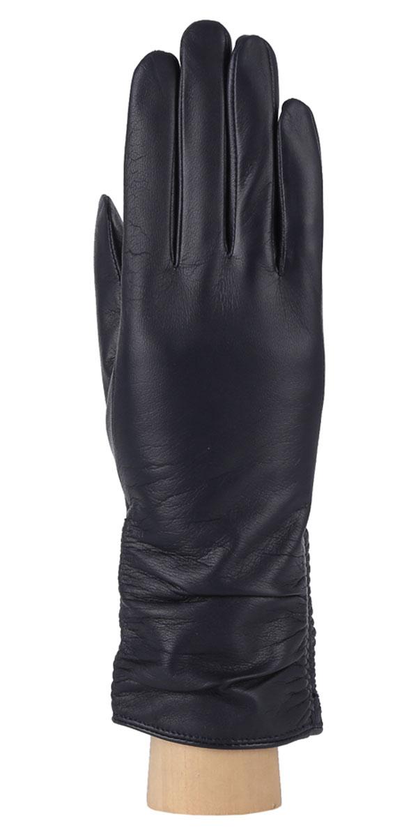 Перчатки женские. 2.162.16-12Женские перчатки Fabretti не только защитят ваши руки от холода, но и станут стильным дополнением вашего образа. Перчатки выполнены из натуральной кожи ягненка на подкладке из шерсти с добавлением кашемира. Манжеты оформлены горизонтальными складками. Перчатки Fabretti станут завершающим и подчеркивающим элементом вашего стиля.