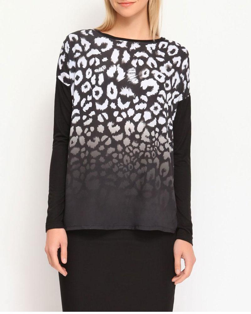 БлузкаTKL0230CAСтильная блузка Troll, выполненная из вискозы и полиэстера, подчеркнет ваш уникальный стиль и поможет создать оригинальный женственный образ. Материал очень легкий, мягкий и приятный на ощупь, не сковывает движения и хорошо вентилируется. Вставка модели изготовлена из 100% полиэстера. Блузка свободного кроя с длинными рукавами и круглым вырезом горловины имеет небольшие разрезы по бокам. Спереди изделие оформлено леопардовым принтом. Снизу модель дополнена небольшой металлической пластиной с логотипом бренда. Такая блузка будет дарить вам комфорт в течение всего дня и послужит замечательным дополнением к вашему гардеробу.
