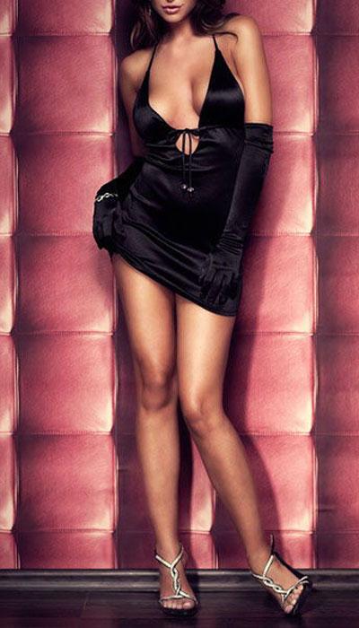 Платье гоу-гоу9608Обтягивающее платье Erolanta Elite Collection, выполненное из высококачественного материала, дерзкое и сексуальное. Модель из мягкого атласа с завязочками на шее и полуоткрытой спиной имеет глубокое декольте, которое также регулируется завязками под грудью. Завязки украшены контрастными бусинами.