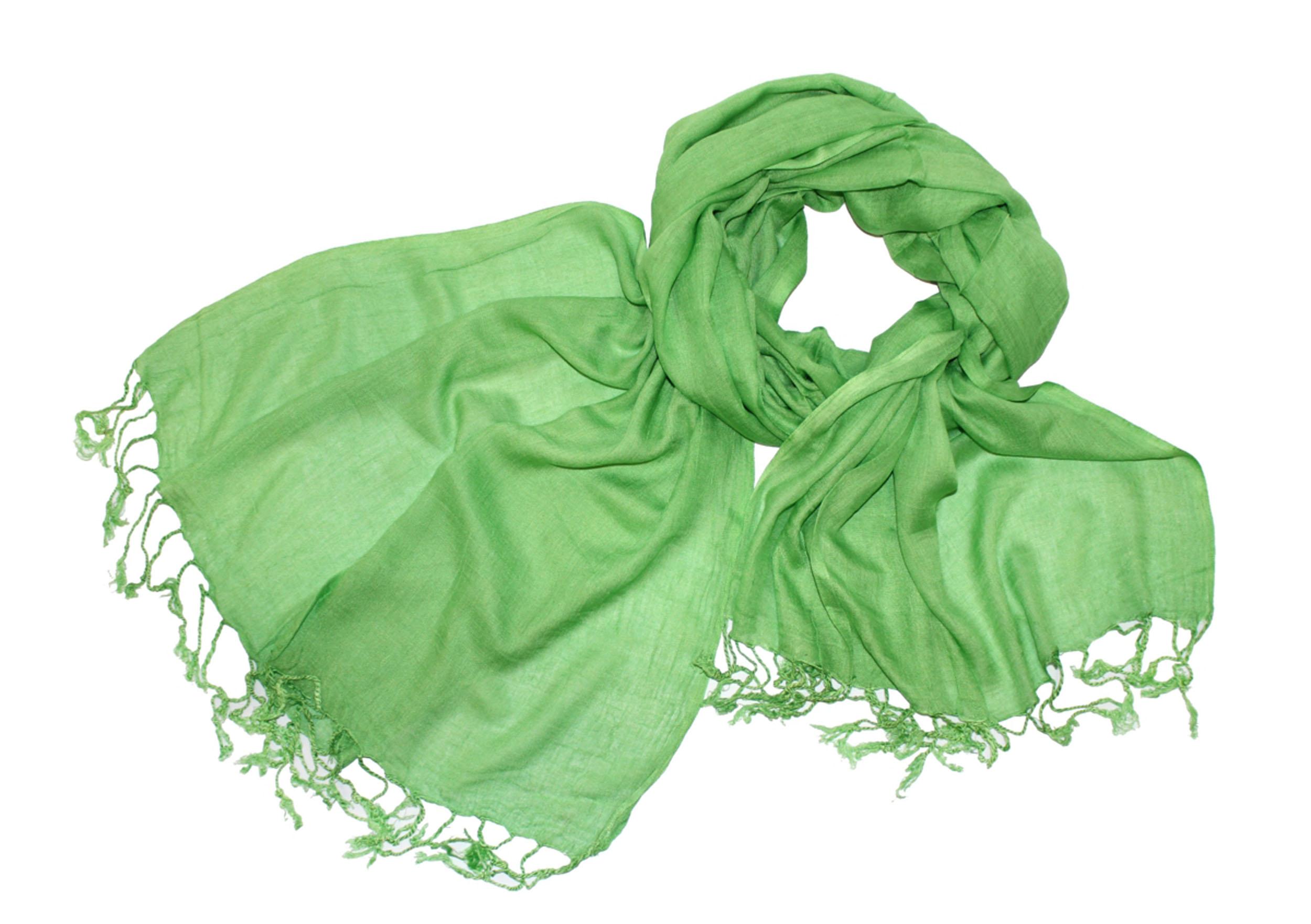 Шарф521060нЖенский шарф Ethnica позволит вам создать неповторимый и запоминающийся образ. Изготовленный из высококачественного материала с использованием натуральных красителей, он очень мягкий, имеет приятную на ощупь текстуру. Однотонная модель по краям оформлена небольшими кисточками, скрученными в жгутики. Такой аксессуар станет стильным дополнением к гардеробу современной женщины, стремящейся всегда оставаться яркой и элегантной.