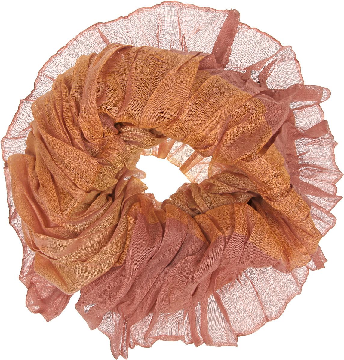Снуд-хомут женский. JC50-63278JC50-63278Элегантный снуд-хомут Eleganzza станет изысканным аксессуаром, который призван подчеркнуть индивидуальность и очарование женщины. Модель выполнена из шерсти и шелка с добавлением лайкры. С внутренней стороны предусмотрены эластичные резинки. Этот модный аксессуар женского гардероба гармонично дополнит образ современной женщины, следящей за своим имиджем и стремящейся всегда оставаться стильной и элегантной.