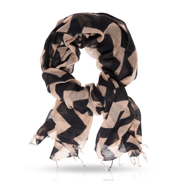 Палантин. ZW-ZIGZAGZW-ZIGZAG/BLACKОчаровательный палантин Michel Katana подчеркнет ваш неповторимый образ. Изделие выполнено из шерсти и оформлено оригинальным принтом. Материал мягкий и приятный на ощупь, хорошо драпируется. Этот модный аксессуар гармонично дополнит ваш образ и станет отличным дополнением к вашему гардеробу.