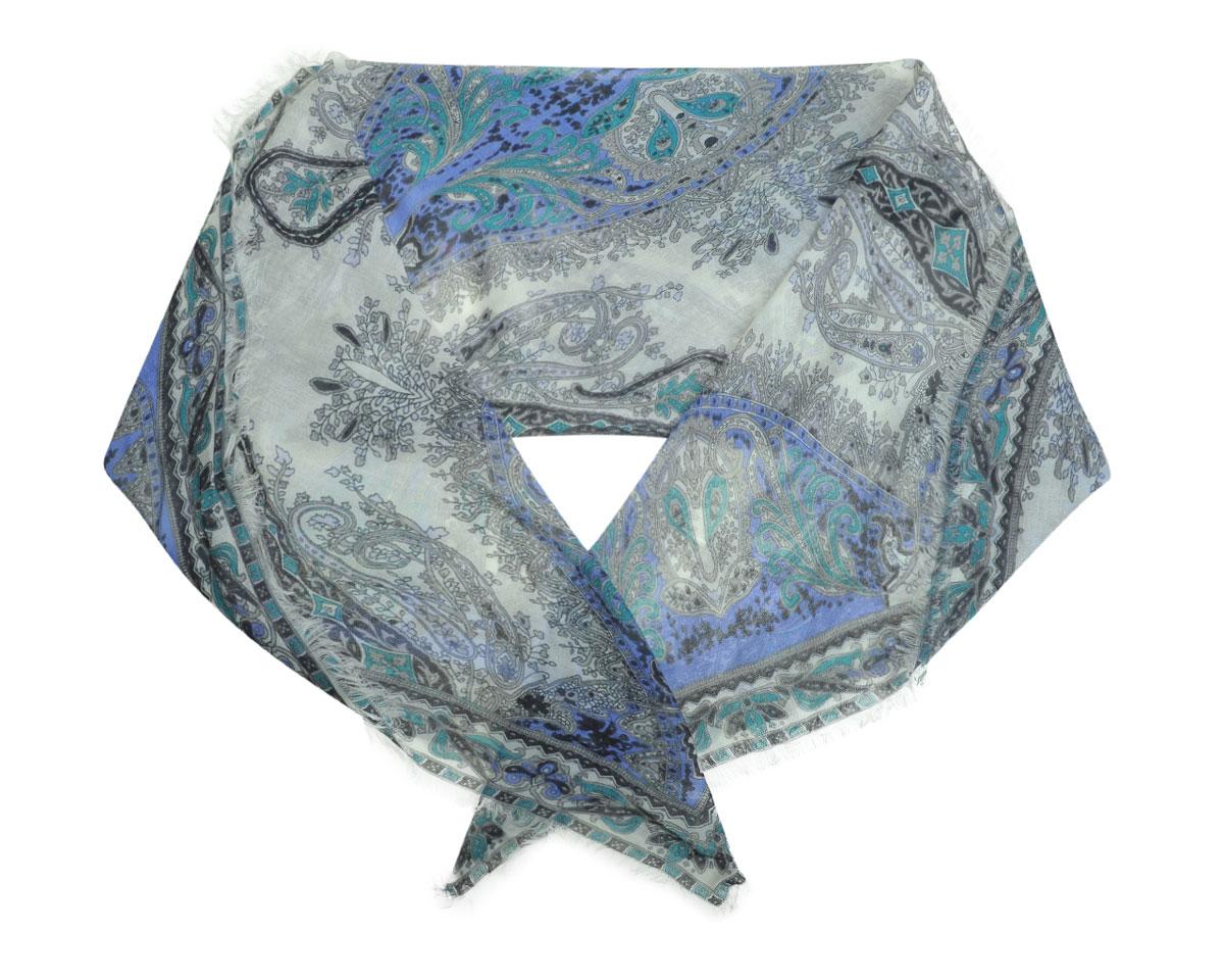 Платок женский. 090701090701-2 1Стильный женский платок Fabretti станет великолепным завершением любого наряда. Легкий платок изготовлен из высококачественной 100% вискозы. Он оформлен сложным этническим принтом. Оригинальная прямоугольная форма позволяет носить платок на шее, украшать им прическу или декорировать сумочку. Мягкий и шелковистый платок поможет вам создать изысканный женственный образ, а также согреет в непогоду. Такой платок превосходно дополнит любой наряд и подчеркнет ваш неповторимый вкус и элегантность.
