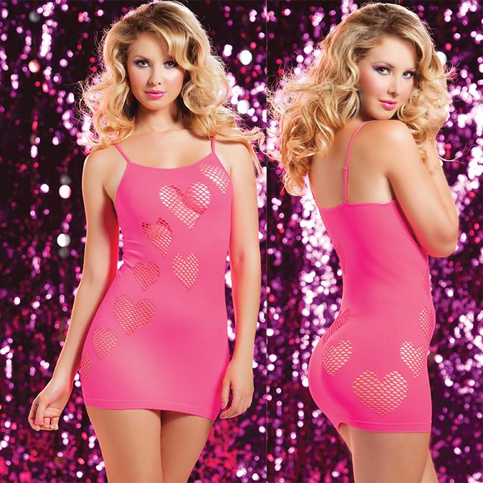 Платье гоу-гоу Сердцеедки. STM-9701PSTM-9701PPNKОбтягивающее платье Seventil Midnight Сердцеедки, выполненное из высококачественного материала с сетчатыми вырезами в форме сердец, игриво открывающими взору наиболее волнующие участки вашего тела, дерзкое и сексуальное. Бесшовная модель с круглым вырезом горловины имеет тонкие регулируемые бретели, что позволяет платью отлично садиться по фигуре. Такое игривое платье добавит особенного настроения вашему образу.