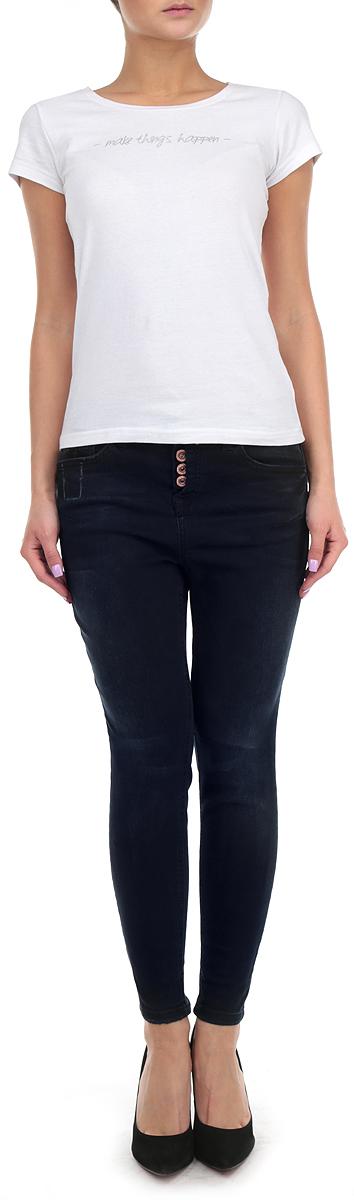 Джинсы женские. 6204059.01.716204059.01.71_1055Стильные женские джинсы Tom Tailor - это джинсы высочайшего качества, которые прекрасно сидят. Они выполнены из высококачественного комбинированного материала c добавлением полиэстера, что обеспечивает комфорт и удобство при носке. Джинсы скинни средней посадки станут отличным дополнением к вашему современному образу. Джинсы застегиваются на пуговицы, имеются шлевки для ремня. Джинсы имеют классический пятикарманный крой: спереди модель оформлена двумя втачными карманами и одним маленьким накладным кармашком, а сзади - двумя накладными карманами. Изделие дополнено застежками-молниями на штанинах снизу. Эти модные и в тоже время комфортные джинсы послужат отличным дополнением к вашему гардеробу.
