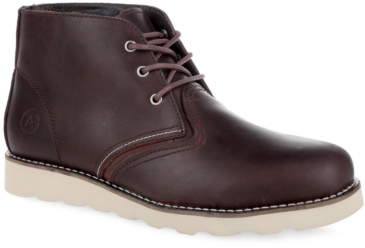 Ботинки мужские Saint-P. 001-SP001-SP-02L2-WСтильные мужские ботинки от Affex покорят вас своим удобством. Модель выполнена из натуральной кожи. Шнуровка надежно фиксирует модель на ноге. Модель оформлена задним наружным ремнем, вдоль ранта - контрастной прострочкой, сбоку - фирменным тиснением. Подкладка и стелька из натуральной шерсти сохранят ваши ноги в тепле. В комплект входят дополнительные шнурки. Подошва с рельефным протектором обеспечивает отличное сцепление на любой поверхности. В таких ботинках вашим ногам будет комфортно и уютно. Они подчеркнут ваш стиль и индивидуальность.