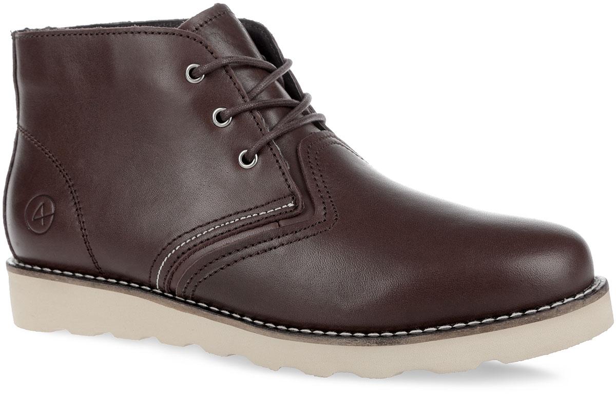 Ботинки мужские Saint-P. 001-SP-03L3-W001-SP-03L3-WСтильные мужские ботинки от Affex Saint-P займут достойное место в вашем гардеробе. Модель выполнена из натуральной кожи и дополнена прострочкой по верху. Подъем оформлен шнуровкой, которая надежно фиксирует обувь на ноге и регулирует объем. Отверстия для шнурков с металлическими люверсами. Подкладка и съемная стелька, исполненные из искусственной шерсти, защитят ноги от холода и обеспечат комфорт. Сбоку изделие декорировано тиснением в виде логотипа бренда. Подошва с рельефным протектором обеспечивает отличное сцепление с любой поверхностью. В комплект входит вторая пара шнурков контрастного цвета. Модные ботинки отлично подойдут как для простой прогулки, так и для дальней поездки.