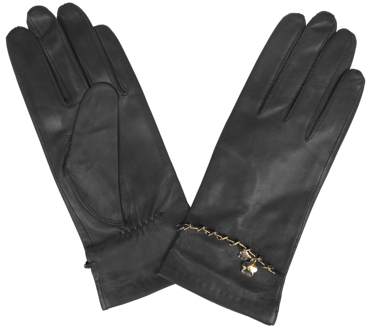 HP294Стильные женские перчатки Eleganzza не только защитят ваши руки от холода, но и станут великолепным украшением. Перчатки выполнены из натуральной кожи ягненка на шелковой подкладке. На тыльной стороне имеется небольшая сборка резинкой для того, чтобы перчатки лучше сидели. Оформлено изделие цепочкой, переплетенной с кожаным ремешком и украшенной подвеской в виде цветочков. В настоящее время перчатки являются неотъемлемой принадлежностью одежды, вместе с этим аксессуаром вы обретаете женственность и элегантность. Перчатки станут завершающим и подчеркивающим элементом вашего стиля и неповторимости.