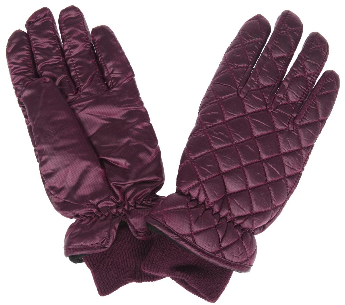 ПерчаткиSD12Стильные женские перчатки Modo надежно защитят ваши руки от холода! Перчатки выполнены из высококачественного полиэстера с флисовой подкладкой. Тыльная сторона модели оформлена стеганой отстрочкой. Изделие дополнено резиновой стяжкой вокруг запястья и эластичной манжетой. Такие перчатки отлично подойдут для ежедневных прогулок и для активного отдыха.