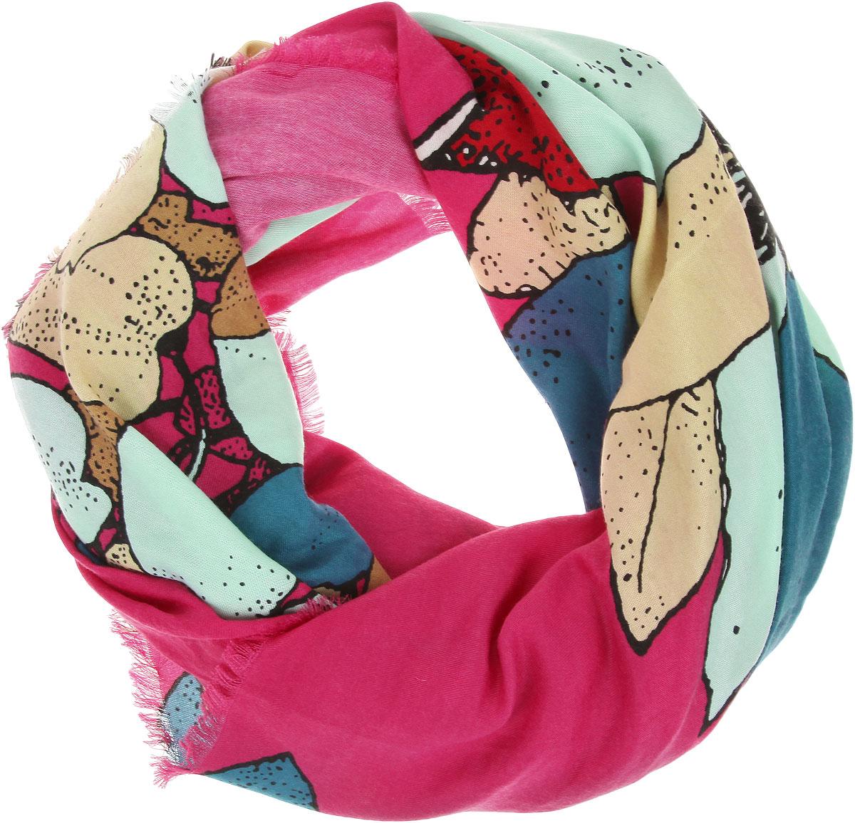 ПлатокBH-11522-15Великолепный платок Sophie Ramage станет изысканным аксессуаром, который подчеркнет ваши индивидуальность и очарование. Платок изготовлен из модала с добавлением кашемира и оформлен эффектным цветочным узором. Края модели украшены короткой бахромой. Платок Sophie Ramage станет вашим верным спутником, а окружающие обязательно будут обращать свое восторженное внимание на вас.