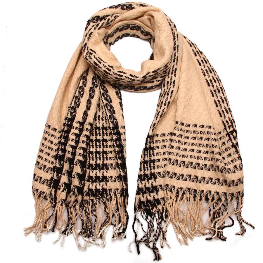 Палантин2713101-02Привлекательный палантин Venera как нельзя будет, кстати, в холодные сезоны и с повседневной одеждой. Мягкий женский палантин стильного дизайна с приятной текстурой ткани, очень комфортный и уютный. Оформлен оригинальным узором, а также декоративными кисточками по краям.
