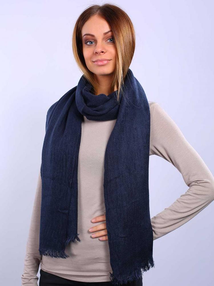 Палантин. 27136012713601-02Элегантный палантин Venera подчеркнет ваш неповторимый образ. Привлекательный палантин Venera как нельзя будет кстати в холодные сезоны и с повседневной одеждой. Мягкий женский палантин стильного дизайна с приятной текстурой ткани, очень комфортный и уютный.