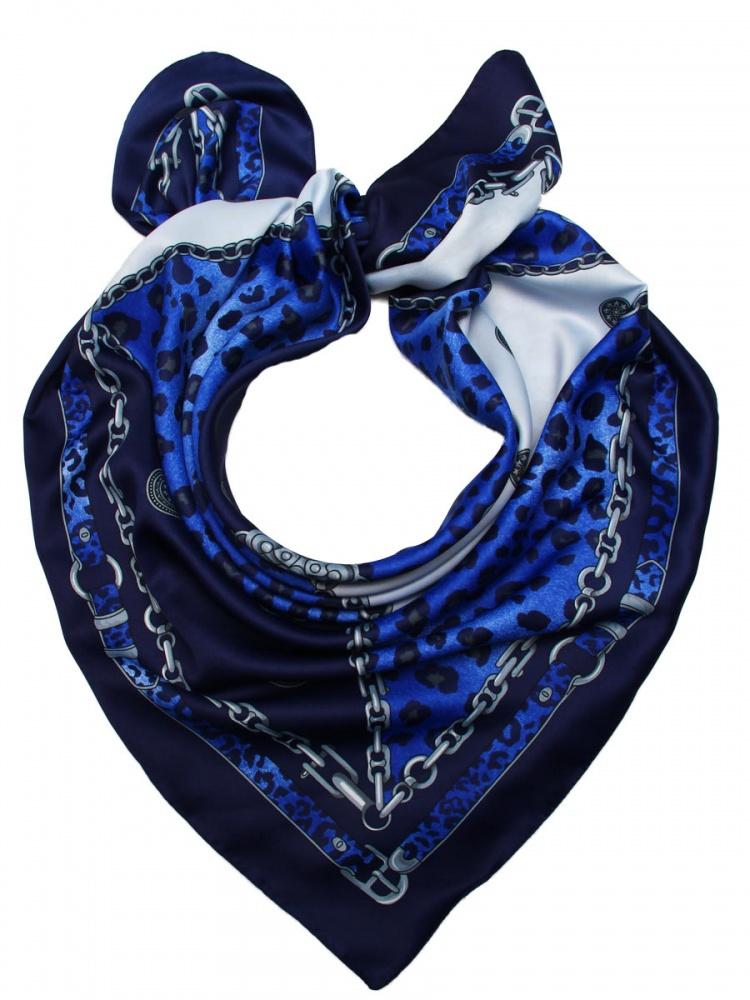 Платок женский. 39055333905533-11Стильный платок Venera станет отличным завершением вашего образа. Платок, выполненный из полиэстера, согреет вас в прохладную погоду, а креативный дизайн создаст эффектный образ и внесет изюминку в наряд. Серебряные цепи, страстный анималистический принт, интересная окантовка ремешками, качественная, мягкая и приятная к телу ткань - и это все один аксессуар. Этот модный аксессуар не оставит равнодушной ни одну современную модницу. В этом платке вы всегда будете выглядеть женственной и привлекательной.