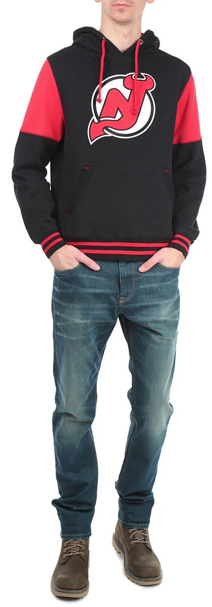 Толстовка с логотипом (ХК)35330Теплая толстовка NHL New Jersey Devils, изготовленная из высококачественного хлопкового материала с добавлением полиэстера, необычайно мягкая и приятная на ощупь, не сковывает движения, обеспечивая наибольший комфорт. Лицевая сторона гладкая, а изнаночная - с мягким теплым начесом. Толстовка с капюшоном на кулиске спереди имеет вместительный карман-кенгуру. На груди модель оформлена аппликацией в виде эмблемы хоккейного клуба New Jersey Devils. Толстовка имеет широкую мягкую резинку по низу, что предотвращает проникновение холодного воздуха, и длинные рукава с широкими эластичными манжетами, не стягивающими запястья. Эта модная и в тоже время комфортная толстовка отличный вариант, как для активного отдыха, так и для занятий спортом!