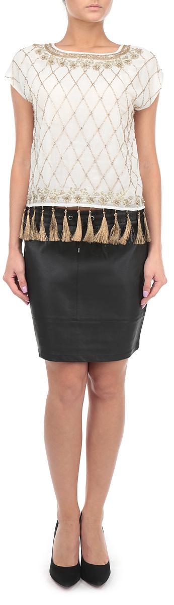 Юбка. TSD0459CATSD0459CAСтильная юбка Troll, изготовленная из искусственной кожи, приятная на ощупь, не сковывает движения. Модная мини-юбка подчеркнет все достоинства вашей фигуры. Изделие на поясе оформлено широкой резинкой и дополнительно - кулиской. Эта великолепная юбка станет отличным дополнением к вашему гардеробу!