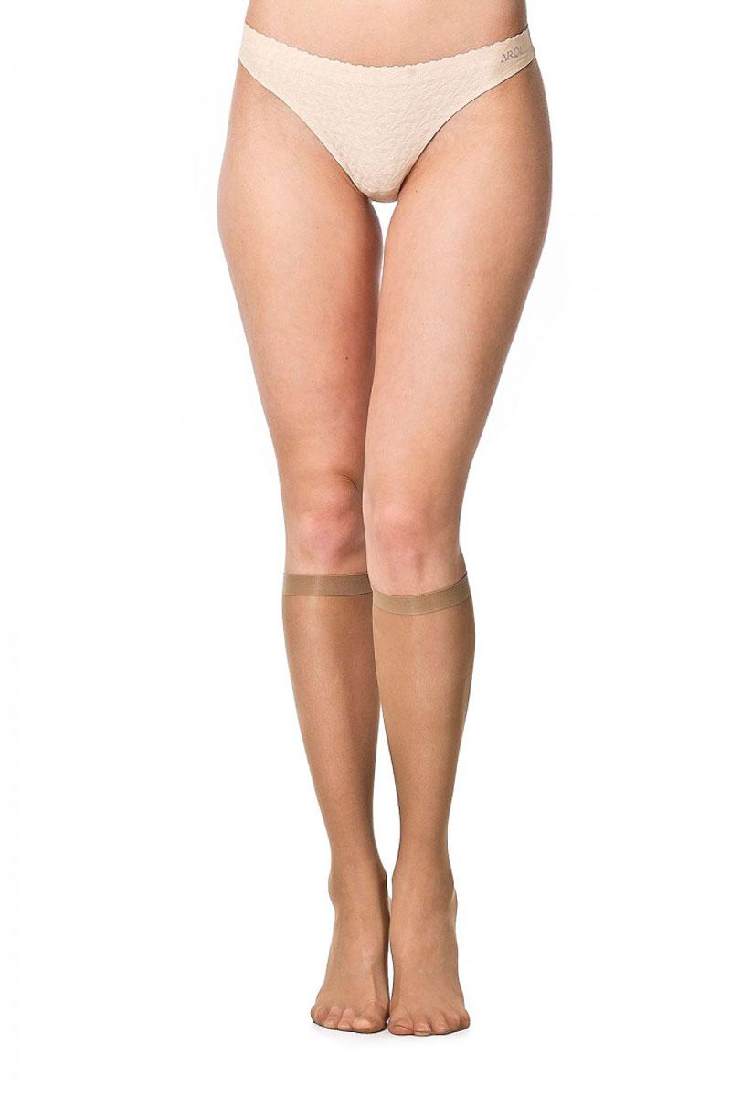 Ardi Mi-Bas Non Glissant 15Тонкие гольфы Ardi Mi-Bas Non Glissant 15 с особым предохраняющим от скольжения следом и прозрачным мыском разработаны специально для использования в межсезонье. Мягкая резинка исключает дискомфорт и перетяжку под коленями, а специальный силиконовый след предохраняет подошву от скольжения и обеспечивает надежный контакт с обувью. Гольфы Ardi Mi-Bas Non Glissant гарантируют безопасное хождение на высоких каблуках! Плотность 15 den.