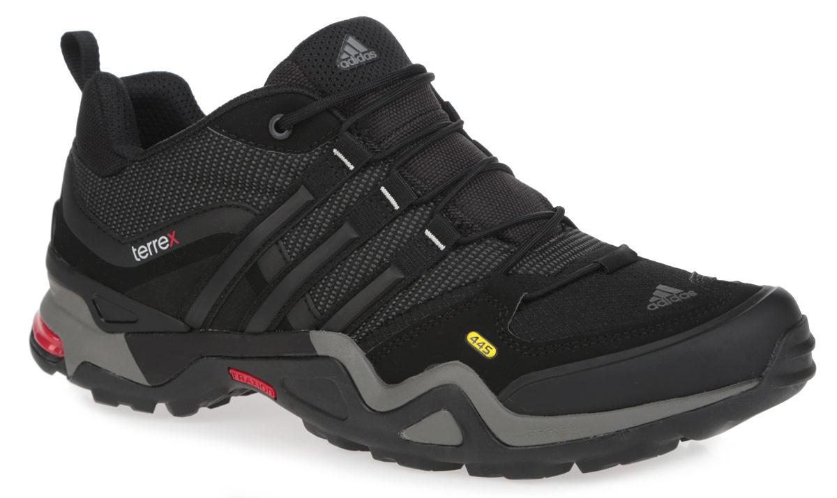 Кроссовки мужские Adidas Terrex Fast X. D67027 - adidasD67027Мужские трекинговые кроссовки от Adidas Terrex Fast X займут достойное место в вашем гардеробе. Модель выполнена из комбинации прочного текстиля и искусственных материалов с мембраной Gore-Tex. Верх изделия оформлен эластичной шнуровкой, которая надежно фиксирует обувь на ноге. Подкладка и антимикробная стелька Ortholite, исполненные из текстиля, обеспечат ногам комфорт и уют. Технология Formotion, в пяточной части, предназначена для обеспечения контроля над движением на неровных поверхностях. Задник, мыс и язычок декорированы тиснением в виде логотипа бренда. Уникальный дизайн в сочетании с технологией ЭВА со вставками adiPRENE, в промежуточной части подошвы, служит для дополнительной амортизации, эффективного отталкивания и смягчения ударных нагрузок. Задняя часть кроссовок дополнена ярлычком для более удобного надевания обуви. Подошва с рельефным протектором Traxion, изготовленная из гибкой резины, обеспечит прочное сцепление с любой поверхностью.
