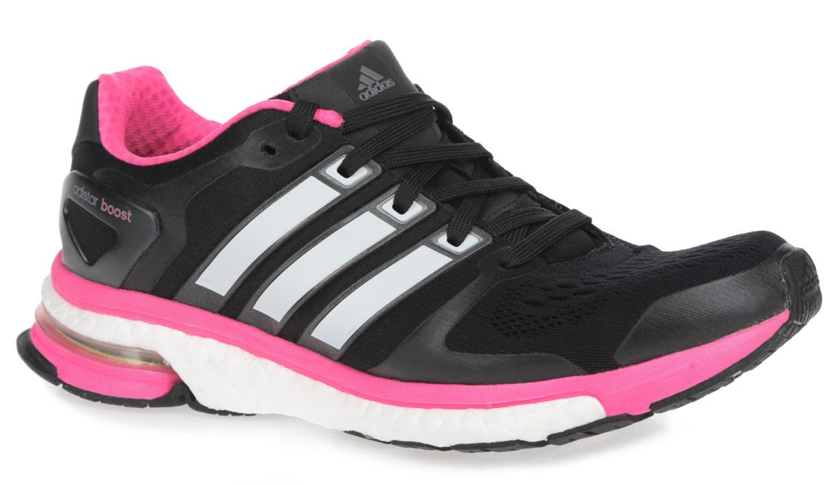 Кроссовки для бега женские Adistar Boost Esm. M18853M18853Дышащие женские кроссовки для бега от Adidas Adistar Boost отлично подойдут как для занятий в зале, так и для пробежки на улице. Модель, выполненная из комбинации текстиля с бесшовной сеткой в передней части кроссовок и искусственных материалов, дарит комфорт и легкость во время ходьбы или бега. Верх изделия оформлен частой шнуровкой, которая надежно фиксирует обувь на ноге. Подкладка и стелька, исполненные из текстиля, обеспечат уют ногам. Уникальный дизайн в сочетании с технологией boost, в промежуточной части подошвы, обеспечивает максимум энергии во время тренировки. Конструкция пятки эффективно поглощает силу удара при каждом шаге, а вставка Torsion System поддерживает свод стопы. По бокам кроссовки декорированы тремя фирменными полосками, а на язычке и заднике тиснением в виде логотипа бренда. Подошва, изготовленная из гибкой резины Continental, обеспечит прочное сцепление с любой поверхностью. Удобные кроссовки - выбор истинных ценителей активного образа жизни.