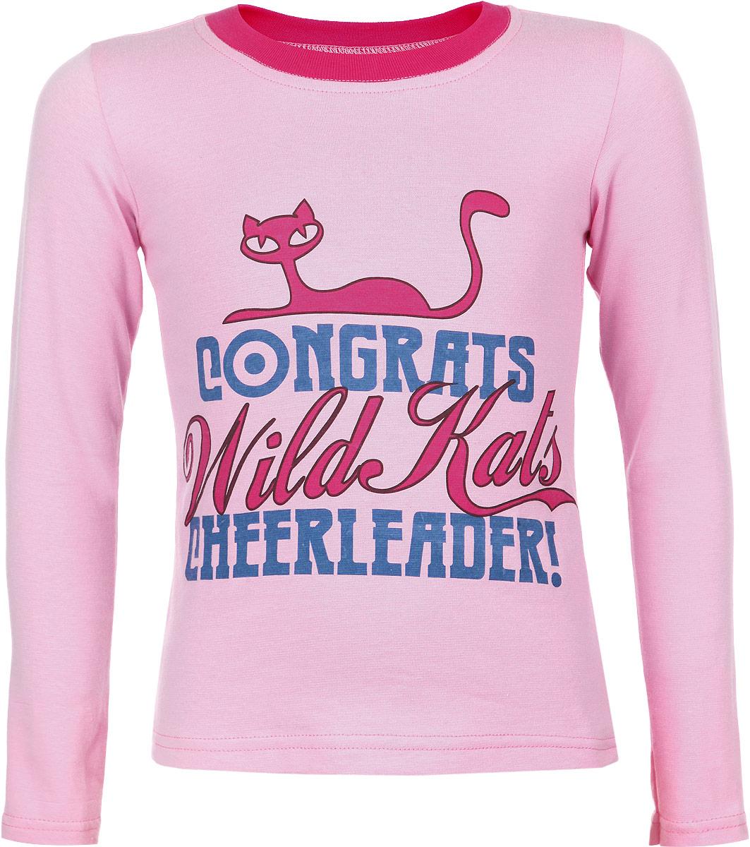 Лонгслив15709Стильная футболка с длинным рукавом для девочки КотМарКот Wild Kats идеально подойдет вашему ребенку. Изготовленная из натурального хлопка, она необычайно мягкая и приятная на ощупь, не сковывает движения и позволяет коже дышать, не раздражает даже самую нежную и чувствительную кожу ребенка, обеспечивая ему наибольший комфорт. Футболка с длинными рукавами и круглым вырезом горловины спереди оформлена принтом в виде надписей на английском языке, а также изображением кошки. Вырез горловины дополнен трикотажной резинкой. Современный дизайн и расцветка делают эту футболку модным, и стильным предметом детского гардероба. В ней ваша маленькая принцесса всегда будет в центре внимания!