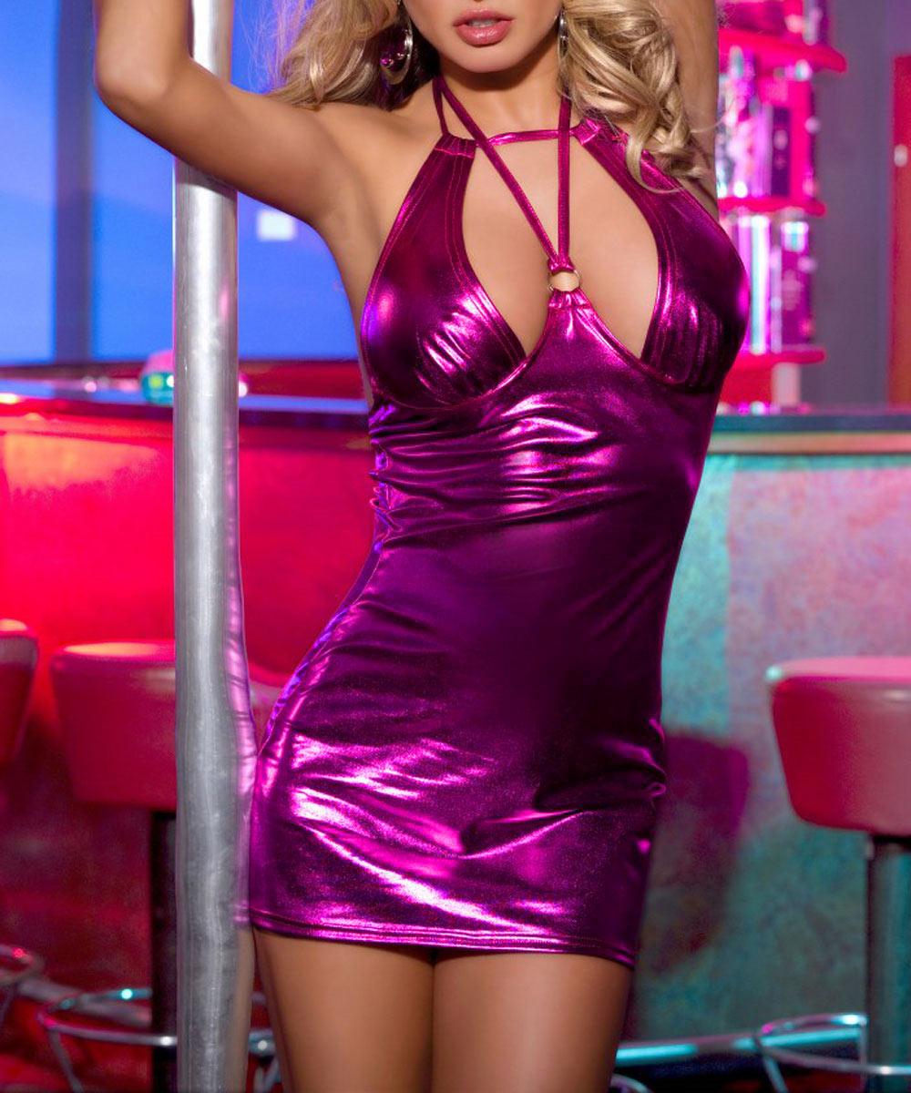 Платье гоу-гоу. 840003_блестящее840003Эффектное клубное платье с полуоткрытой спиной Candy Girl, выполненное из высококачественного материала с эффектом металлик, дерзкое и сексуальное. Модель на груди дополнена металлическим кольцом, а благодаря необычным завязочкам, бюст идеально подчеркнут. Такое игривое платье добавит особенного настроения вашему образу.