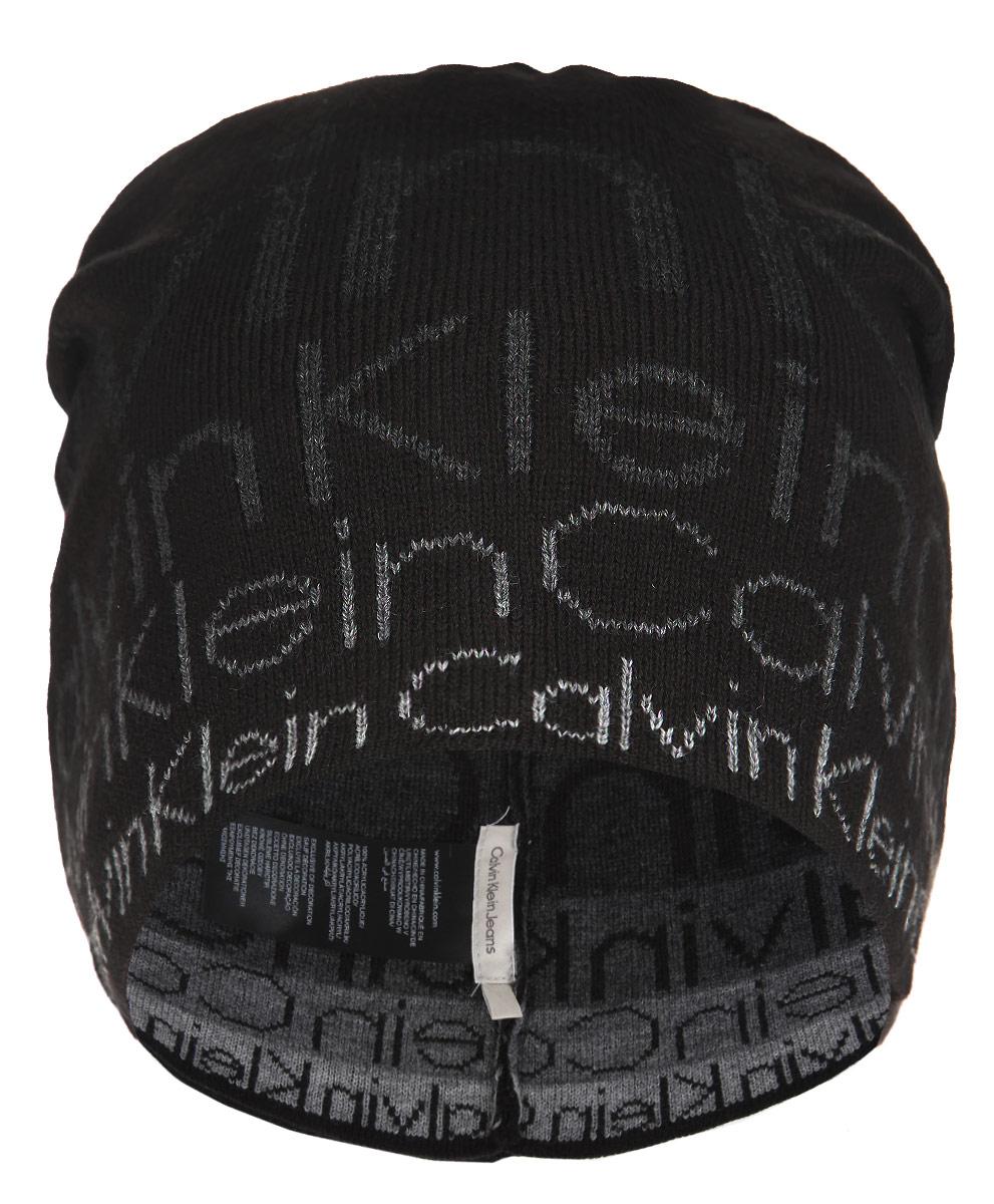 Шапка мужская. K50K501339K50K501339Стильная мужская шапка Calvin Klein Jeans отлично подойдет для повседневной носки в прохладную погоду. Шапка выполнена из акрила, что позволяет ей максимально сохранять тепло и обеспечивает идеальную посадку. Изделие оформлено надписями с названием бренда. Такая шапка станет модным дополнением вашего гардероба, а также подарит вам ощущение тепла и комфорта.