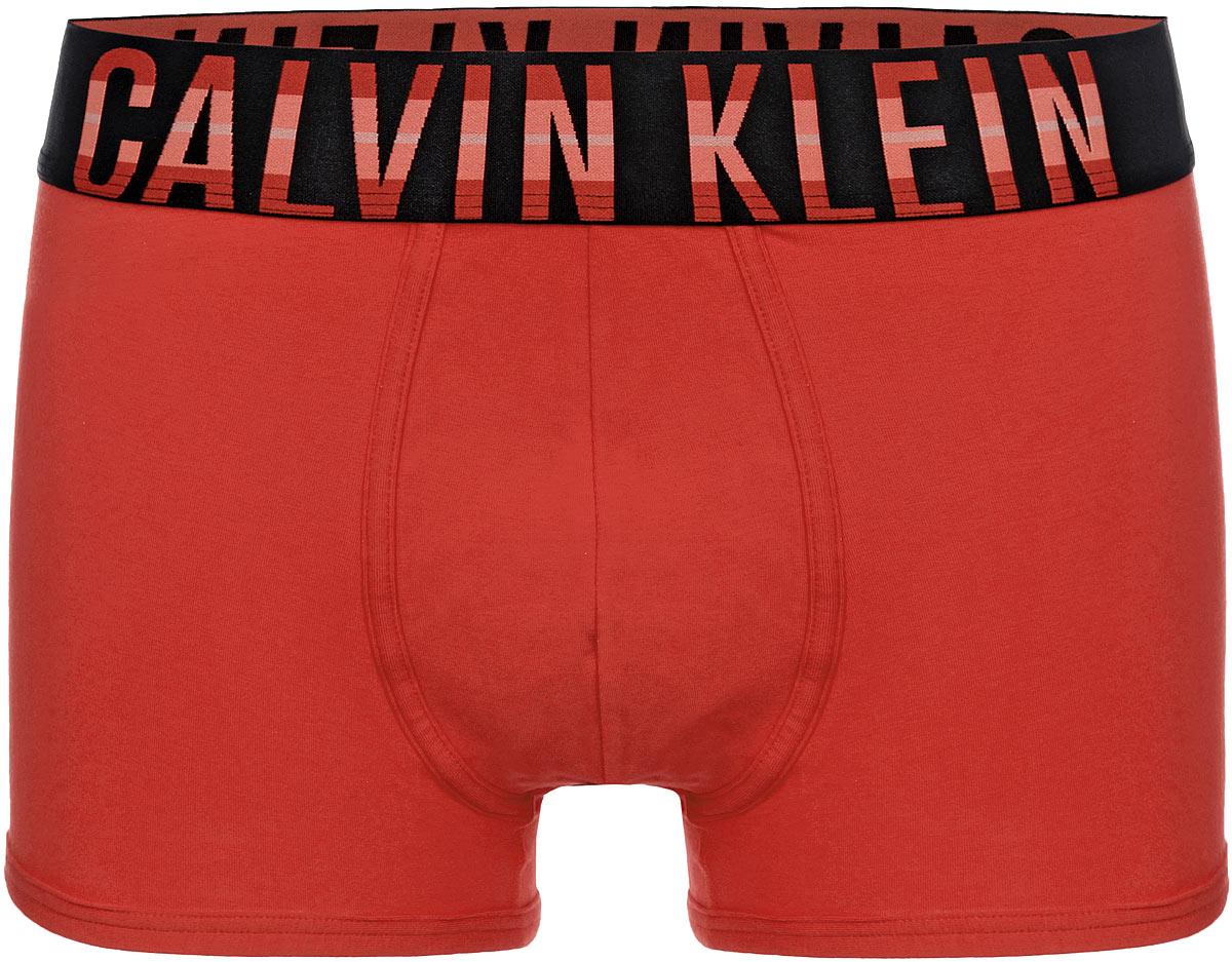 Трусы-боксеры мужские. NU9954ANU9954A1CWТрусы-боксеры от Calvin Klein Underwear из коллекции Intense Power выполнены из мягкого хлопка с небольшим добавлением эластана. Удобная посадка и широкая резинка на талии обеспечат наибольший комфорт. Резинка контрастного цвета оформлена надписью с названием бренда.