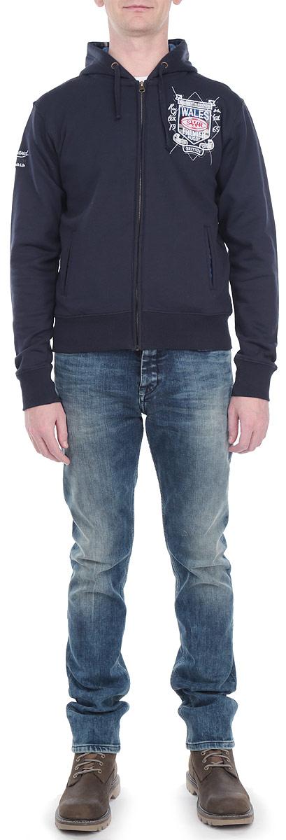 Толстовка мужская. 10462 717410462 7174 B148Стильная мужская толстовка WPM, изготовленная из 100% хлопка, необычайно мягкая и приятная на ощупь, не сковывает движения, обеспечивая наибольший комфорт. Толстовка с капюшоном на кулиске застегивается на металлическую застежку-молнию. Толстовка имеет широкую трикотажную резинку по низу и манжетам, что предотвращает проникновение холодного воздуха. Спереди модель оформлена принтовыми надписями. Эта модная и в тоже время комфортная толстовка отличный вариант как для активного отдыха, так и для занятий спортом!