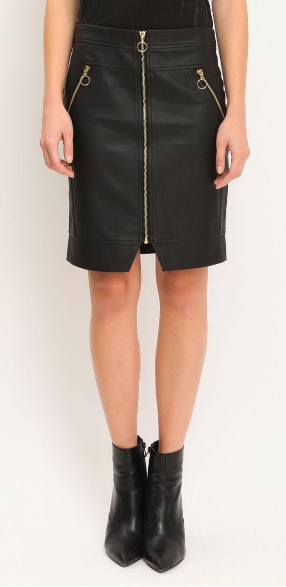 ЮбкаTSD0461CAЭффектная юбка Troll выполнена из полиуретана, оформленного под кожу, она обеспечит вам комфорт и удобство при носке. Оригинальная юбка застегивается на застежку-молнию спереди. Изделие дополнено имитацией карманов спереди. Модная юбка-карандаш выгодно освежит и разнообразит ваш гардероб. Создайте женственный образ и подчеркните свою яркую индивидуальность! Классический фасон и оригинальное оформление этой юбки сделают ваш образ непревзойденным.