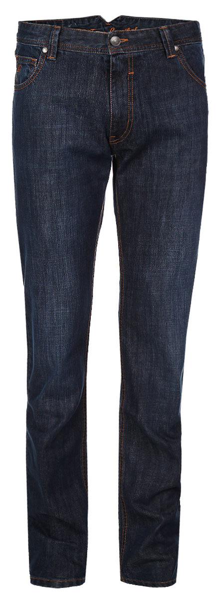Джинсы мужские. 09522-1/CR09522-1/CRСтильные мужские джинсы F5 - джинсы высочайшего качества на каждый день, которые прекрасно сидят. Модель прямого кроя и средней посадки изготовлена из высококачественного плотного хлопка. Джинсы не сковывают движения и дарят комфорт. Изделие оформлено небольшим тертым эффектом и контрастной отстрочкой. Застегиваются джинсы на пуговицу в поясе и ширинку на молнии, имеются шлевки для ремня. Спереди модель оформлена двумя втачными карманами и одним небольшим секретным кармашком, а сзади - тремя накладными карманами. Эти модные и в тоже время комфортные джинсы послужат отличным дополнением к вашему гардеробу. В них вы всегда будете чувствовать себя уютно и комфортно.