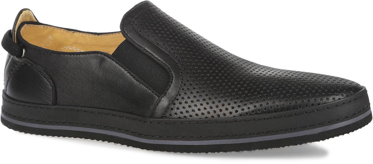 M17993Модные мужские туфли Vitacci покорят вас своим удобством. Модель изготовлена из натуральной кожи и декорирована двойной прострочкой вдоль ранта, тисненым названием бренда на подошве. Верх туфель оформлен перфорацией, задник - круглой металлической пластиной с логотипом бренда, декоративным текстильным шнурком, пропущенным через фурнитуру. Резинки, расположенные на подъеме, обеспечивают оптимальную посадку модели на ноге. Подкладка и стелька из натуральной кожи комфортны при ходьбе. Подошва дополнена противоскользящим рифлением. Стильные туфли прекрасно впишутся в ваш гардероб.