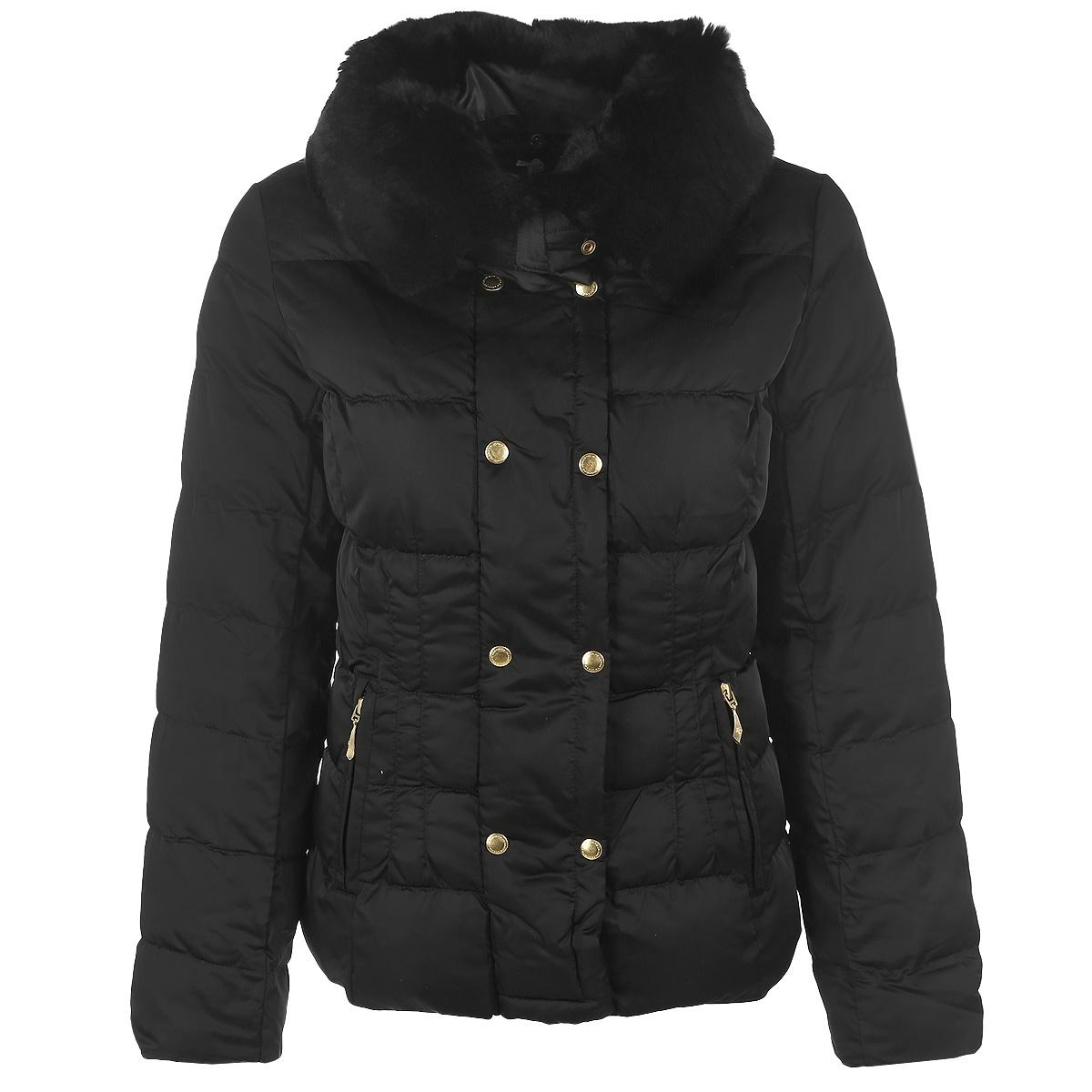 Куртка женская. 16494/WF16494/WFУтепленная стеганая куртка F5 может стать вашей любимой моделью - ведь с ней будет так легко! Куртка выполнена из непромокаемого нейлона с утеплителем Silk Floss и оформлена съемным воротником из натурального меха. Модель прямого кроя с воротником-стойкой застегивается на пластиковую молнию и дополнительно на ветрозащитный клапан на кнопках. Спереди куртка дополнена двумя втачными карманами на молниях. На внутренней стороне предусмотрено два вшитых кармана на молниях. В такой куртке вам будет уютно, тепло и комфортно в любую погоду. Отличный выбор для девушек, ценящих стильные и практичные вещи.
