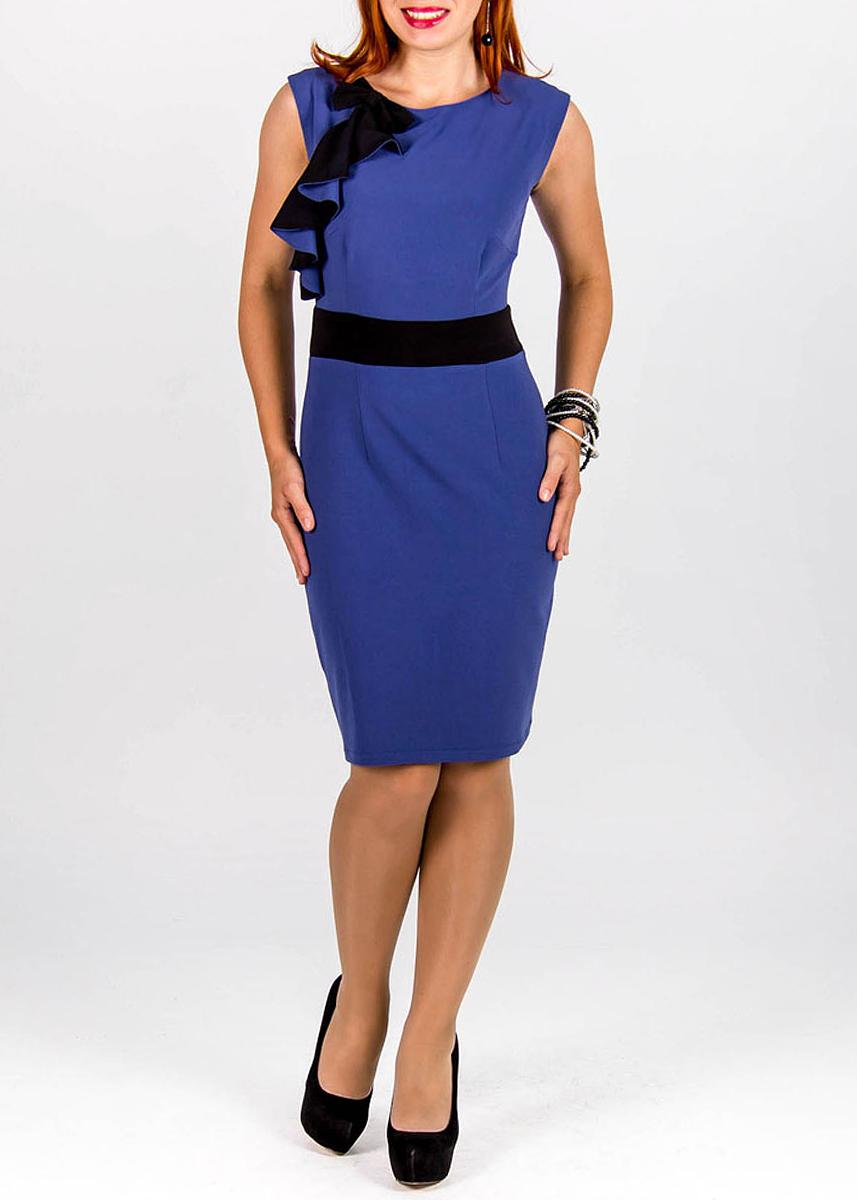 Платье414Элегантное платье Lautus изготовлено из высококачественного полиэстера. Платье без рукавов, с круглым вырезом горловины застегивается на потайную молнию сзади. Модель украшена декоративным бантом и контрастными воланами. Сзади по центральному шву находится небольшой разрез. Идеальный вариант для создания эффектного образа.