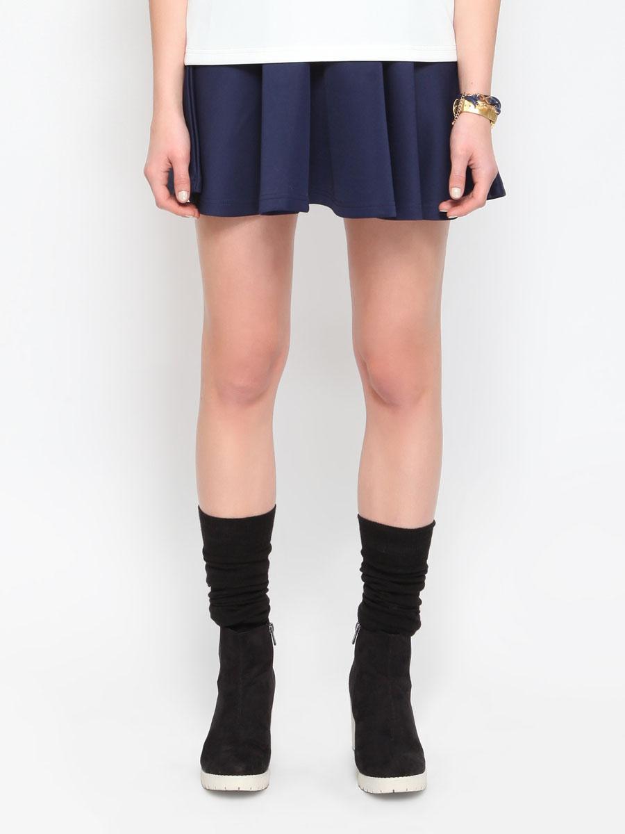 TSD0068GRS1Стильная юбка Troll изготовлена из полиэстера с добавлением эластана. Юбка расклешенного кроя. На поясе - широкая эластичная резинка. Эта модная и в тоже время комфортная юбка - отличный вариант на каждый день.
