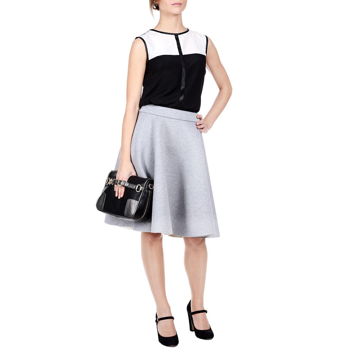 Юбка. SSD0765SZSSD0765SZУтепленная юбка Top Secret изготовлена из полиэстера с добавлением вискозы и эластана. Юбка расклешенного кроя. Пояс сзади застегивается на металлическую застежку-молнию. Эта модная и в тоже время комфортная юбка - отличный вариант для прохладной погоды.
