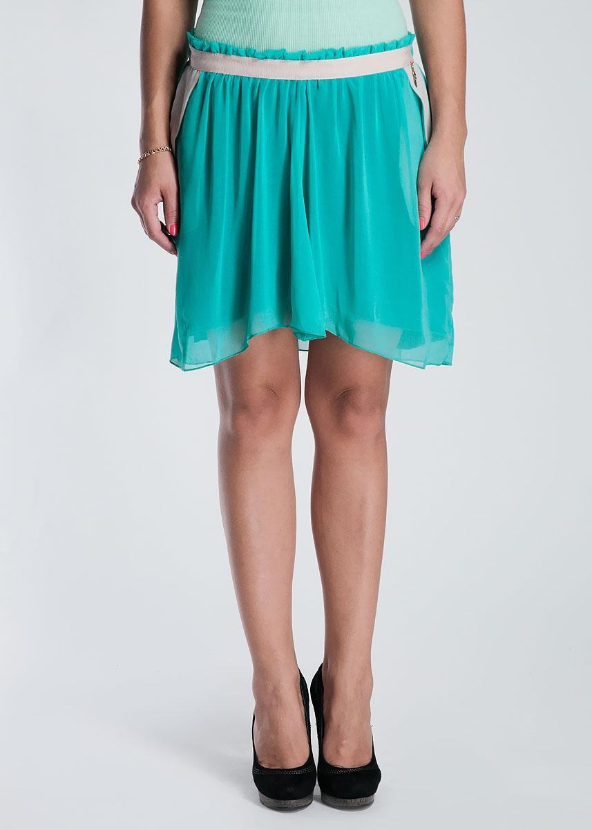 ЮбкаRDP304009007Оригинальная женская мини юбка, выполненная из легкого и высококачественного материала с подкладкой, будет отлично смотреться на вас. Модель свободного кроя на талии дополнена резинкой. Задняя часть юбки удлиненная. Убка дополнена боковыми вшитыми кармашками с контрастной отделкой. Эта юбка идеальный вариант для вашего гардероба. В таком наряде вы, безусловно, привлечете восхищенные взгляды окружающих.