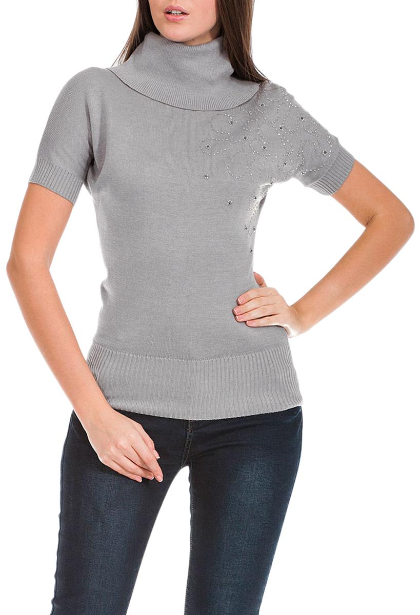 Свитер19745Красивый женский свитер Mondigo классического дизайна. Изготовленный из высококачественного материала, необычайно мягкий и приятный на ощупь, не сковывает движения, обеспечивая наибольший комфорт. Модель зауженного книзу кроя с коротким рукавом летучая мышь и закрытым горлом позволит вам быть нарядной в любой ситуации. Низ изделия переходит в широкую эластичную резинку, благодаря чему свитер плотно прилегает к телу. Лицевая сторона декорирована вышивкой из бисера, а также металлическим логотипом бренда. Такой замечательный свитер подходит для ежедневной носки и для торжественного случая.