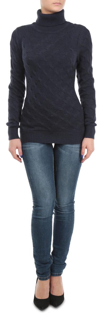 Свитер женский. B135582B135582Оригинальный женский свитер Baon, изготовленный из высококачественной пряжи, мягкий и приятный на ощупь, не сковывает движений и обеспечивает наибольший комфорт. Модель с воротником-гольф и длинными рукавами великолепно подойдет для создания современного образа в стиле Casual. Удлиненный свитер крупной вязки оформлен объемными вязаными косичками. Этот свитер послужит отличным дополнением к вашему гардеробу. В нем вы всегда будете чувствовать себя уютно и комфортно в прохладную погоду.