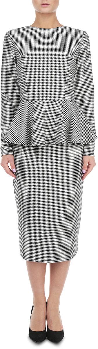 Комплект женский: блузка, юбка. к504к504Элегантный женский комплект Lautus, состоящий из жакета и юбки, станет отличным дополнением к вашему гардеробу. Юбка и блузка выполнены из высококачественного комбинированного материала, который обеспечит вам комфорт и удобство при носке. Блузка с круглым вырезом горловины и длинными рукавами застегивается на потайную застежку-молнию на спинке. Юбка-миди с пришивным поясом застегивается на молнию и пуговицу сзади. Такая юбка выгодно подчеркнет силуэт. Этот модный комплект станет превосходным дополнением к вашему гардеробу, он подарит вам удобство и поможет вам подчеркнуть свой вкус и неповторимый стиль.