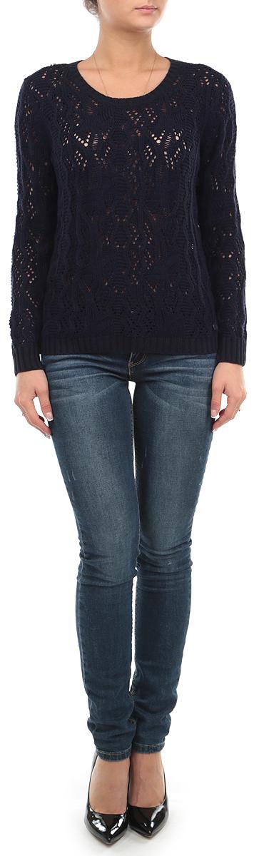 Свитер женский. 3020249.00.713020249.00.71_6800Стильный свитер Tom Tailor Denim выполнен актуальной ажурной вязкой из сочетания хлопка и полиакрила. Свитер приятный на ощупь и не сковывает движений, хорошо вентилируется и позволяет коже дышать. Горловина, манжеты и низ изделия связаны резинкой, что предотвращает деформацию при носки. Модель прямого кроя с длинными рукавами и круглым вырезом горловины будет отлично на вас смотреться. Свитер декорирован небольшой металлической эмблемой с логотипом бренда внизу изделия. Элегантный свитер - идеальный вариант для создания модного образа. Свитер подарит вам комфорт и ощущение свободы на весь день.