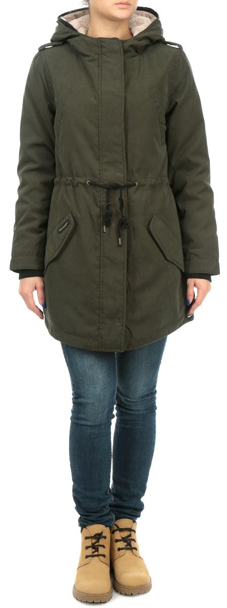 Куртка женская. 1015315110153151_697Стильная женская удлиненная куртка Broadway выполнена из высококачественного плотного материала, рассчитана на холодную погоду. Она поможет вам почувствовать себя максимально комфортно и стильно. Модель с длинными рукавами, двойным несъемным капюшоном застегивается на застежку-молнию и дополнительно ветрозащитным клапаном на металлические кнопки. Рукава оформлены эластичными трикотажными манжетами. На плечиках модель декорирована хлястиками на кнопках. Внутри капюшон и верхняя часть изделия дополнены искусственным мехом. Куртка с наружной стороны на талии и по низу оформлена текстильным шнуром. Модель дополнена четырьмя карманами на кнопках. В этой куртке вам будет комфортно. Модная фактура ткани, отличное качество, великолепный дизайн.