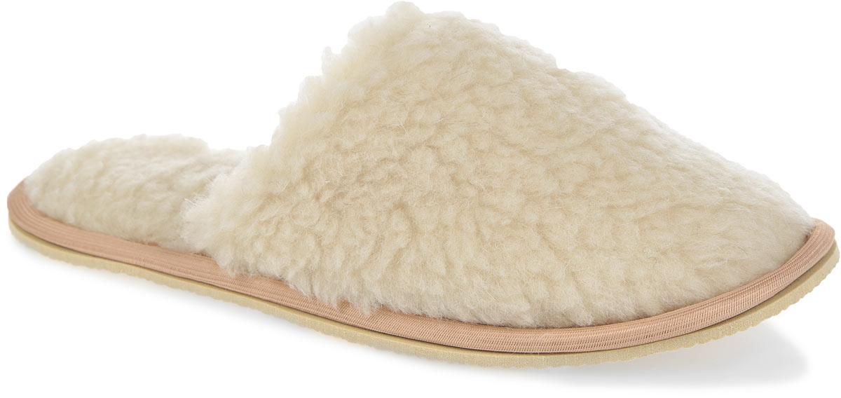 Тапки. H520H520Мягкие тапочки Smart Textile выполнены из натурального овечьего меха. Тапки из овечьего меха по своему удобству и полезным свойствам не имеют аналогов, они практичны и универсальны. Овечий мех уменьшает неприятные ощущения в ногах и улучшает кровообращение. Изделия быстро поглощают влагу, препятствуя размножению бактерий и вирусов. Рельефная подошва, выполненная из EVA, предотвращает скольжение. Теплые и приятные на ощупь тапки вернут легкость уставшим ногам и защитят их от холода.
