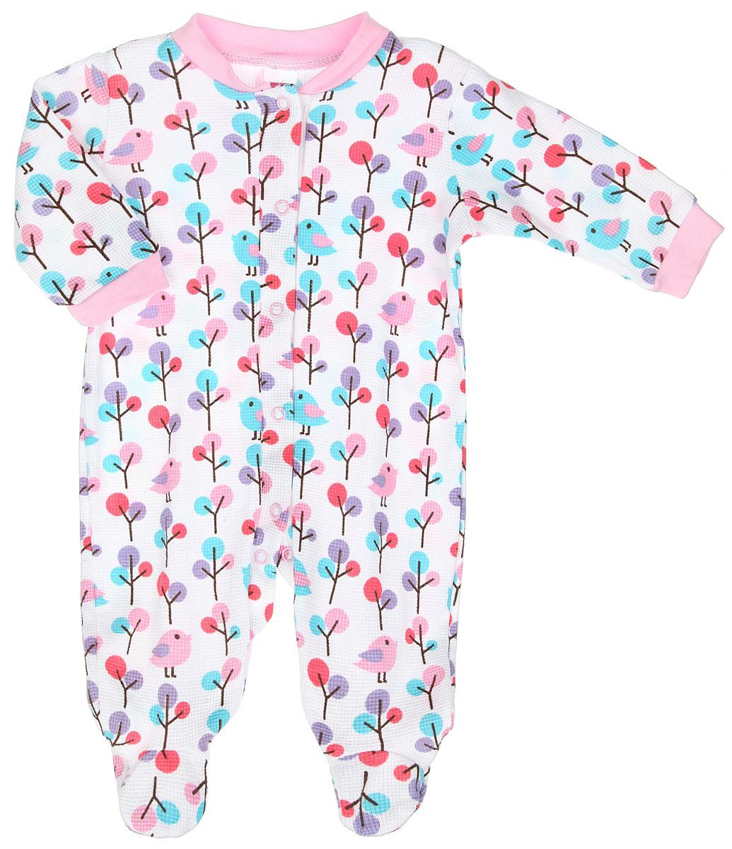 55095Комбинезон для девочки Hudson Baby - удобный и практичный вид одежды для ребенка, который идеально подходит для сна и отдыха. Комбинезон выполнен из натурального хлопка, благодаря чему он очень мягкий и приятный на ощупь, не раздражает нежную кожу малышки и хорошо вентилируется. Комбинезон с длинными рукавами и закрытыми ножками имеет застежки-кнопки от горловины до щиколоток, которые помогают легко переодеть младенца или сменить подгузник. Вырез горловины дополнен мягкой трикотажной резинкой. На рукавах предусмотрены манжеты, не пережимающие запястья. Изделие оформлено принтом с изображением птичек и деревьев по всей поверхности. Комфортный и уютный комбинезон станет незаменимым дополнением к гардеробу вашей маленькой принцессы. Изделие полностью соответствует особенностям жизни младенца в ранний период, не стесняя и не ограничивая его в движениях.