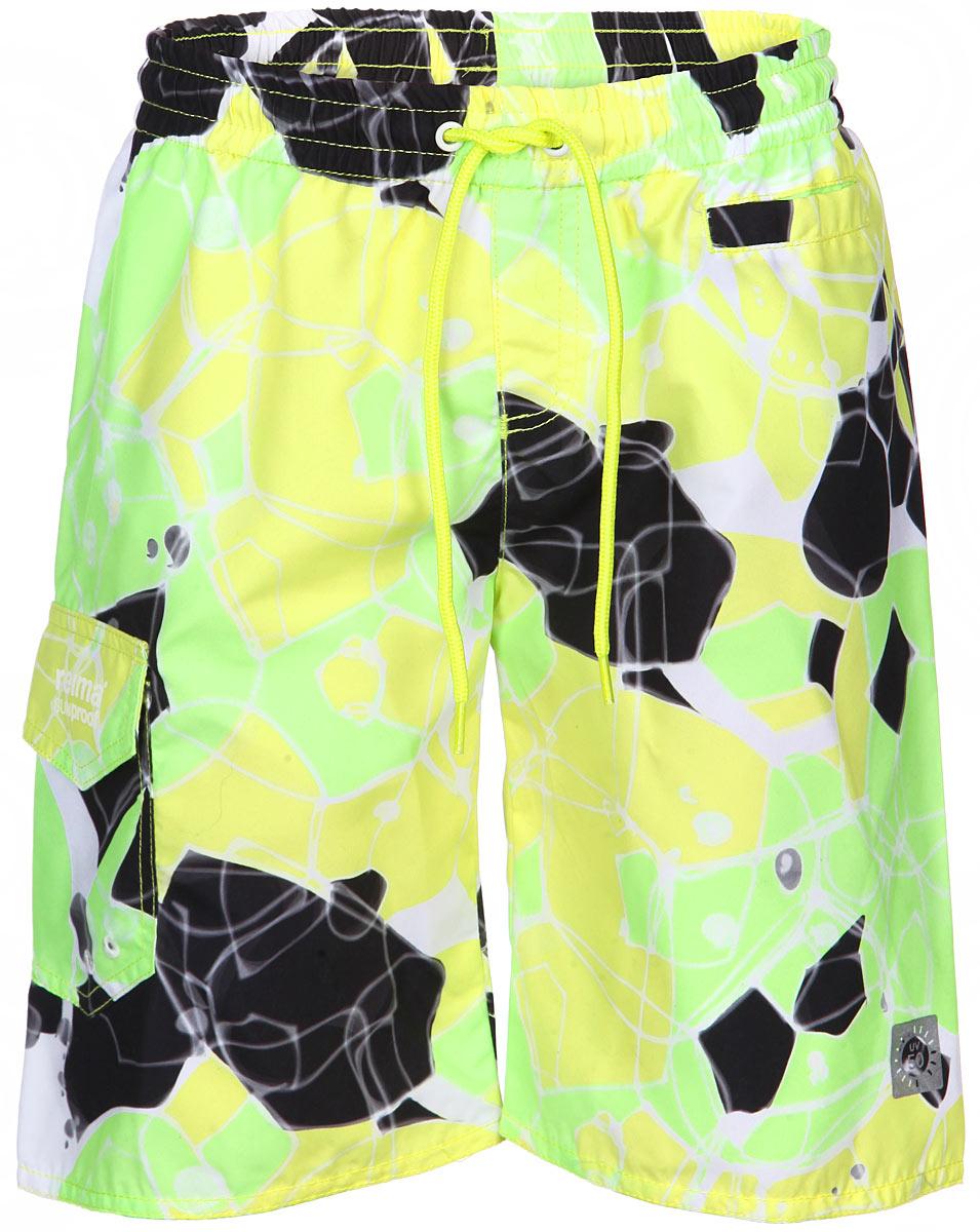Шорты для плавания582479_2317Пляжные шорты для мальчика Reima Cebu изготовлены из высококачественного материала SunProof с УФ-фильтром 50+, который обеспечивает эффективную защиту нежной коже. Такие шорты - идеальный вариант, как для купания, так и для игр на пляже. Шорты с вшитыми сетчатыми трусиками из mesh-сетки на поясе имеют эластичную резинку со шнурком, благодаря чему они не сдавливают животик ребенка и не сползают. Имеется имитация ширинки. Спереди предусмотрен прорезной кармашек. Сбоку имеется накладной карман с клапаном на липучке. Оформлены шорты оригинальным принтом. Такие пляжные шорты, несомненно, понравится вашему ребенку и послужат отличным дополнением к детскому гардеробу!