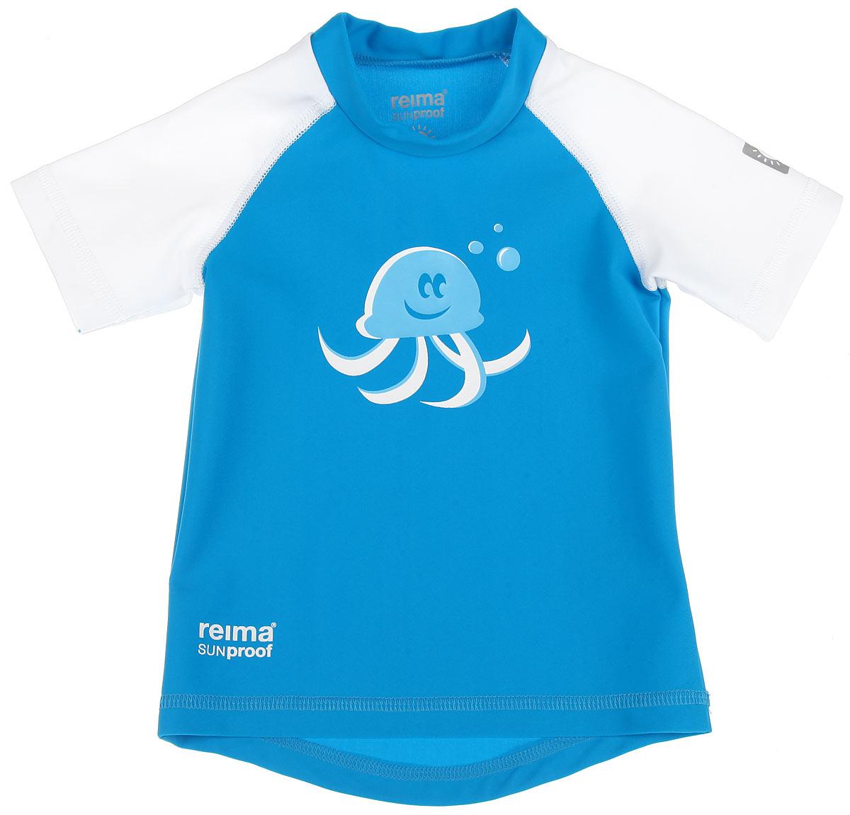 Футболка для плавания581021_2310Детская футболка Reima T-Shirt изготовлена из высококачественного быстросохнущего материала SunProof с УФ-фактором защиты 50+, который обеспечивает великолепную защиту нежной коже. Футболка предназначена для игр на солнце и в воде. Футболка с короткими рукавами-реглан и круглым вырезом горловины оформлена термоаппликацией с изображением осьминога. Спинка модели удлинена, что обеспечивает защиту, как в воде, так и на песке. Такая футболка, несомненно, понравится вашему ребенку и послужит отличным дополнением к детскому гардеробу!