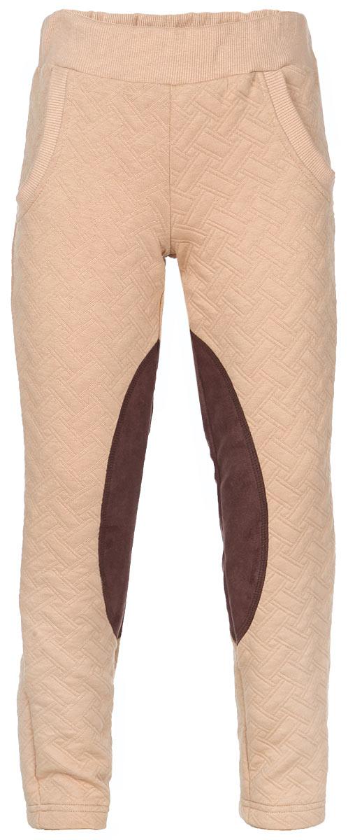 Брюки для девочки. 15-80315-803Стильные брюки для девочки Ёмаё идеально подойдут вашей маленькой принцессе и станут отличным дополнением к детскому гардеробу. Брюки изготовлены из ткани - капитон, которая представляет собой трикотажное многослойное полотно с эффектом стежки в виде ромба. Изделие отлично удерживает тепло, необычайно мягкое и приятное на ощупь, не сковывает движения и позволяет коже дышать. Брюки прямого кроя на талии дополнены широкой трикотажной резинкой, благодаря чему они не сдавливают животик ребенка и не сползают. Спереди имеется имитация карманов. Модель оформлена контрастными вставками. В таких брюках ваша дочурка будет чувствовать себя комфортно, уютно и всегда будет в центре внимания!